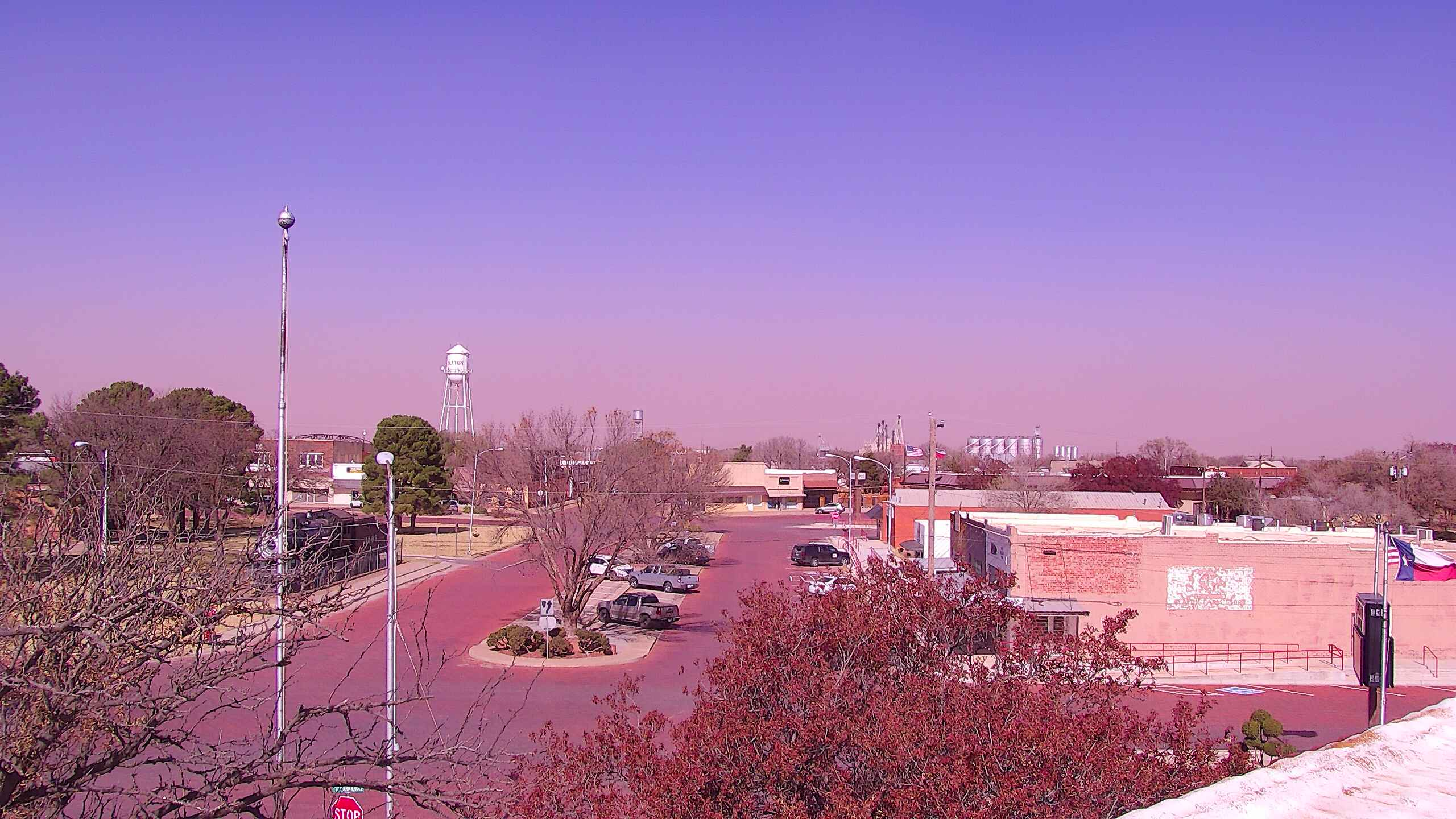 A dusty hue on the skyline in Slaton around noon on Saturday (14 November 2020). The image is courtesy of KAMC.