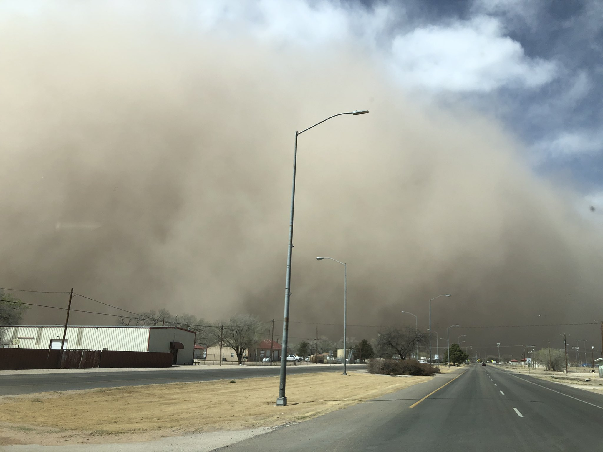 A wall of dust (haboob) rolling through Hobbs, NM, Monday afternoon (22 March). The picture is courtesy of @BLD_BTH on Twitter.